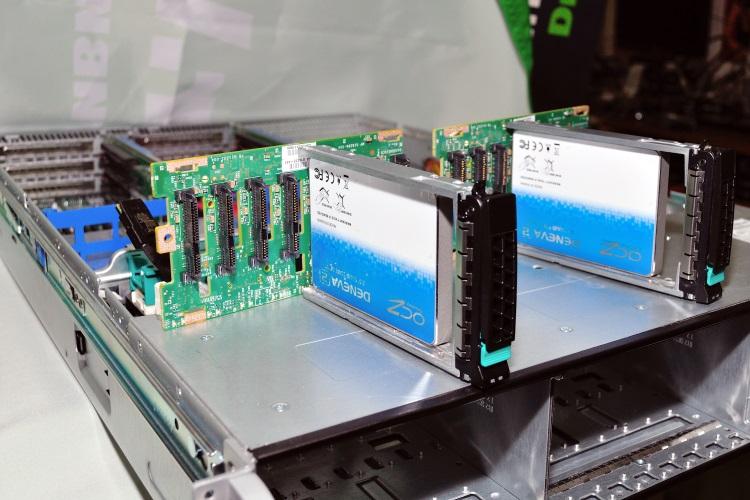 OCZ Deneva 2 & Intel R2216